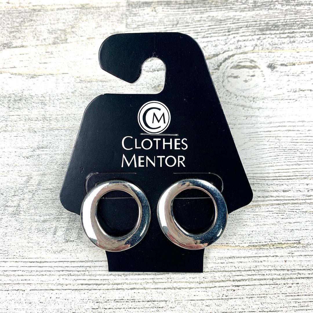 Primary Photo - BRAND:  CMF <BR>STYLE: EARRINGS <BR>COLOR: SILVER <BR>OTHER INFO: OPEN CIRCLE STUDS <BR>SKU: 258-258113-2676