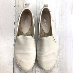 Primary Photo - BRAND: NINE WEST STYLE: SHOES FLATS COLOR: CREAM SIZE: 9.5. OTHER: *BS*SKU: 258-258111-11769.
