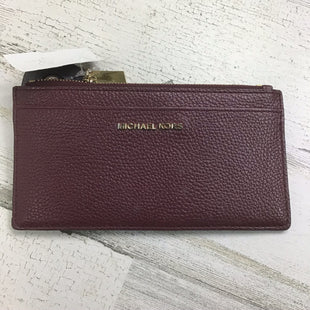 Primary Photo - BRAND: MICHAEL KORS O STYLE: WALLET COLOR: BURGUNDY SIZE: MEDIUM OTHER INFO: FLAT ZIP SKU: 258-25811-13053