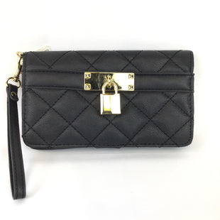 Primary Photo - BRAND:    CLOTHES MENTOR STYLE: WRISTLET COLOR: BLACK OTHER INFO: QUILTED SOLID GOLD LOCK SKU: 258-25898-7640