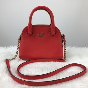 Primary Photo - BRAND: KATE SPADE STYLE: HANDBAG DESIGNER COLOR: RED SIZE: SMALL OTHER INFO: CROSSBODY SOLID SKU: 258-258111-1942