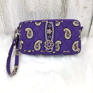 Primary Photo - BRAND: VERA BRADLEY CLASSIC STYLE: WRISTLET COLOR: PURPLE OTHER INFO: TAN PRINT SKU: 258-258100-2982
