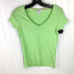 Primary Photo - BRAND: LILLY PULITZER STYLE: TOP SHORT SLEEVE BASIC COLOR: GREEN SIZE: XS OTHER INFO: SOLID W VNECK SKU: 258-258106-3698
