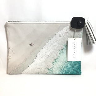 Primary Photo - BRAND:   CMC STYLE: CLUTCH COLOR: WHITE OTHER INFO: GRAY MALIN BEACH SCENE CLUTCH SKU: 258-258113-3007