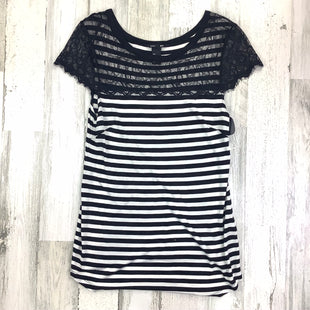 Primary Photo - BRAND: H&M MAMA STYLE: MATERNITY TOP SHORT SLEEVE COLOR: BLACK WHITE SIZE: L SKU: 258-258113-8539