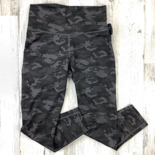 Primary Photo - BRAND: FABLETICS STYLE: ATHLETIC PANTS COLOR: CAMOFLAUGE SIZE: S SKU: 258-25811-13322