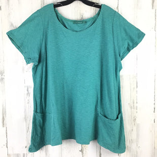 Primary Photo - BRAND: CUT LOOSE STYLE: TOP SHORT SLEEVE COLOR: GREEN SIZE: 1X SKU: 258-25898-11006