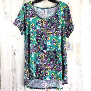 Primary Photo - BRAND: LULAROE STYLE: TOP SHORT SLEEVE BASIC COLOR: GREEN SIZE: L OTHER INFO: NWT! CLASSIC PURPLE YELLOW BLUE PRINT SKU: 258-258100-1623
