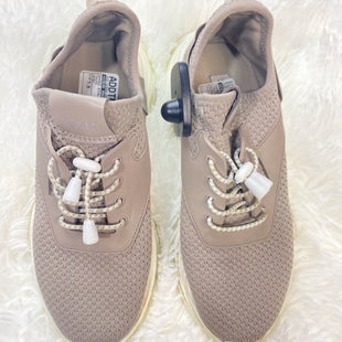 Primary Photo - BRAND: STEVE MADDEN STYLE: SHOES ATHLETIC COLOR: TAUPE SIZE: 7.5 OTHER INFO: NY90 SKU: 258-25885-33975