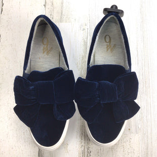 Primary Photo - BRAND: NINE WEST SHOES STYLE: SHOES FLATS COLOR: NAVY SIZE: 7.5 OTHER INFO: VELVET W BOW *BS*SKU: 258-25873-37191