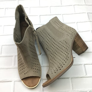 Primary Photo - BRAND: TOMS STYLE: BOOTS ANKLE COLOR: BROWN SIZE: 8.5 SKU: 258-25898-12400