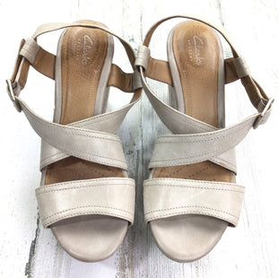 Primary Photo - BRAND: CLARKS STYLE: SHOES HIGH HEEL COLOR: TAUPE SIZE: 7 OTHER INFO: STRAPPY CRISS CROSS SKU: 258-25873-34187