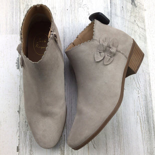 Primary Photo - BRAND: JACK ROGERS STYLE: BOOTS ANKLE COLOR: TAUPE SIZE: 9.5 SKU: 258-258113-11180