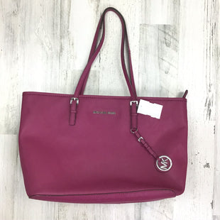 Primary Photo - BRAND: MICHAEL BY MICHAEL KORS STYLE: HANDBAG DESIGNER COLOR: MAGENTA SIZE: LARGE OTHER INFO: SAFFIANO SILVER HARDWARE SKU: 258-25873-35447