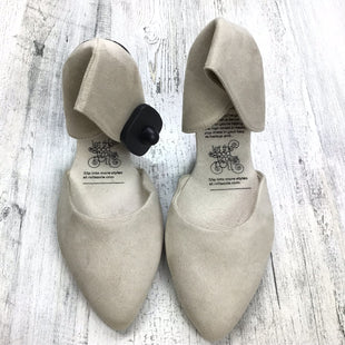 Primary Photo - BRAND:    ROLLASOLESTYLE: SHOES FLATS COLOR: TAN SIZE: 10 OTHER INFO: ROLLASOLE SUEDE LIKE SKU: 258-25877-16124