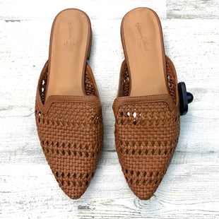 Primary Photo - BRAND: UNIVERSAL THREAD STYLE: SHOES FLATS COLOR: BROWN SIZE: 6 OTHER INFO: SLIP ON WOVEN DESIGN SKU: 258-25877-18412