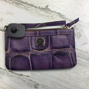 Primary Photo - BRAND: DOONEY AND BOURKE STYLE: WRISTLET COLOR: PURPLE SKU: 258-25885-31207