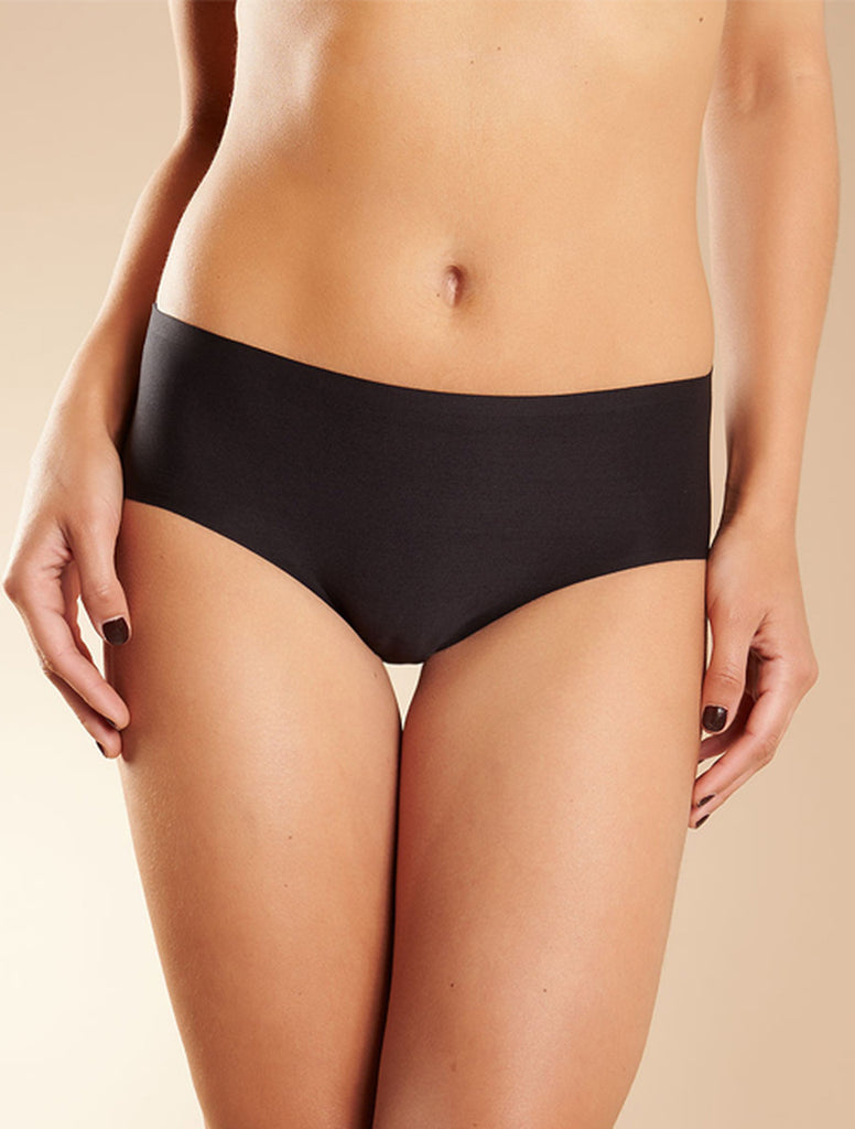 Chantelle Panties - Soft Stretch Seamless Hipsters in One Size 2644 - Black
