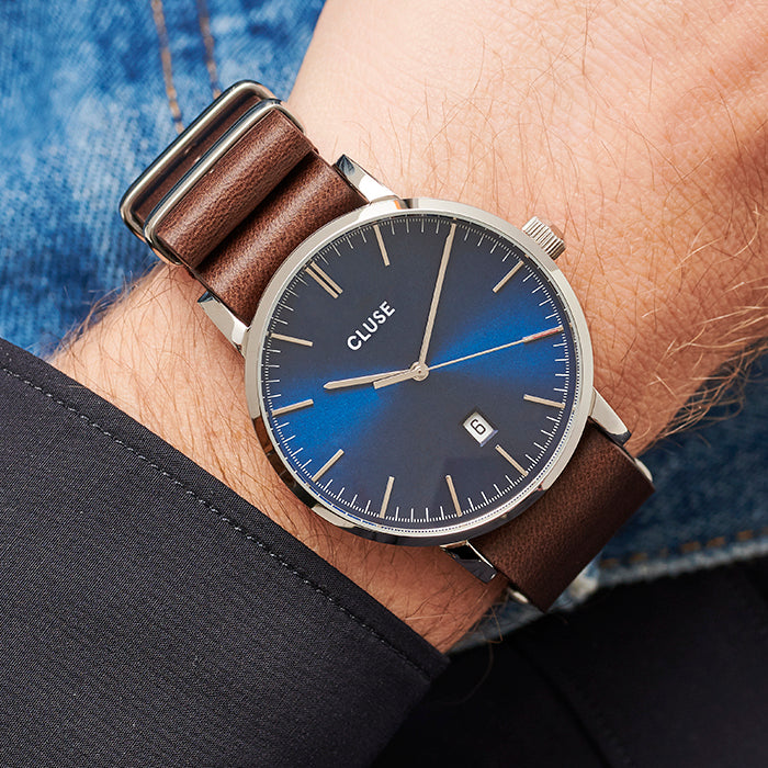 ARAVIS SILVER BLUE//BROWN LEATHER NATO
