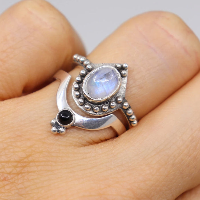 CRESENT ONYX STACKABLE RING