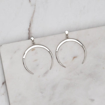 ALLURING MOON EARRINGS