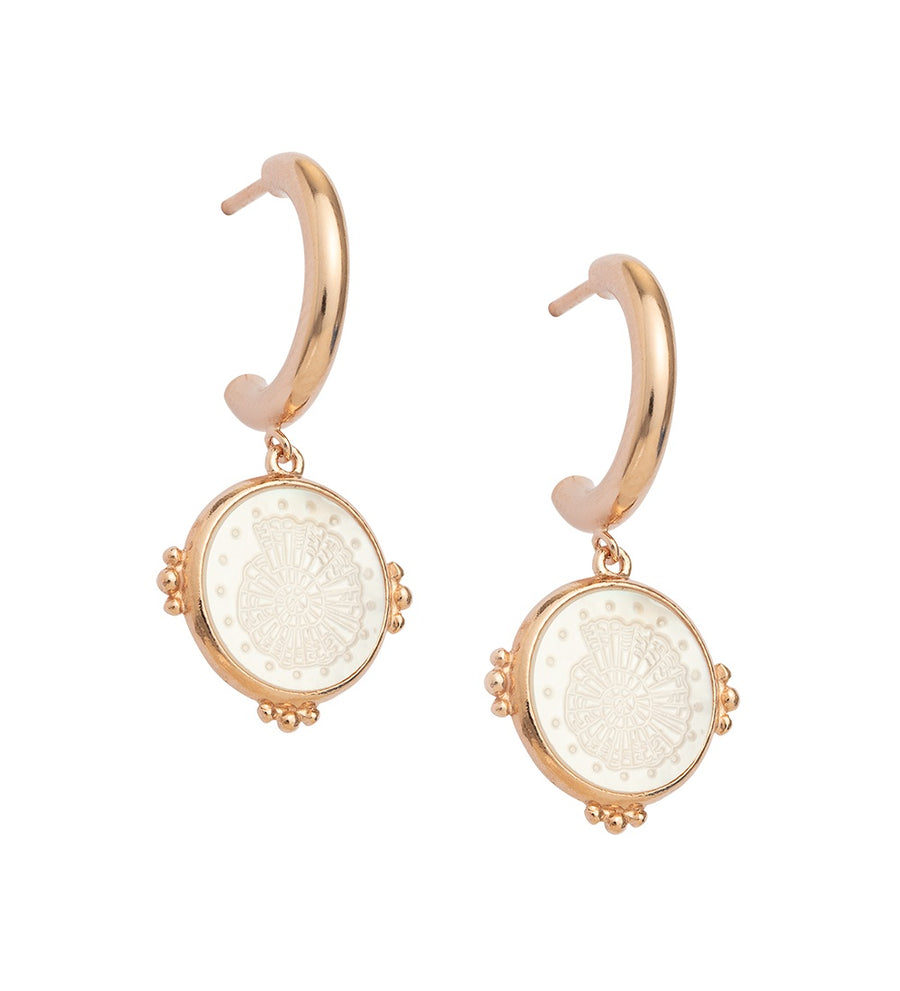 X OLIVE COOKE | BY THE SEA FOSSIL SHELL HOOPS