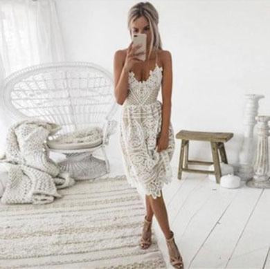 AMELIA v neck lace dress