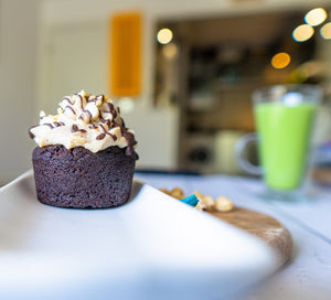 Low carb vegan chocolate cupcake