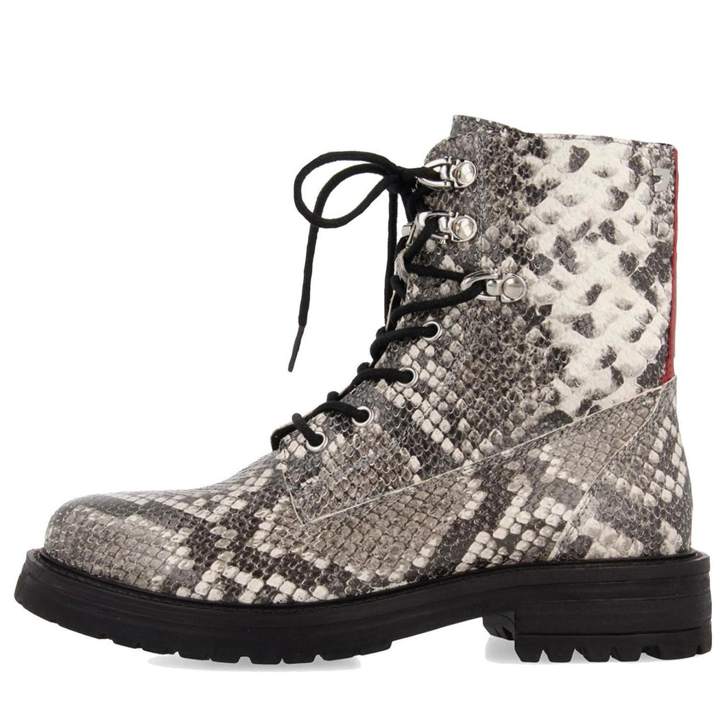 MONTANA snakeskin leather lace up lug boot