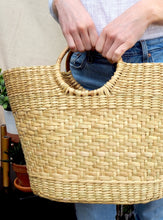 Load image into Gallery viewer, Carol Handwoven Straw Tote