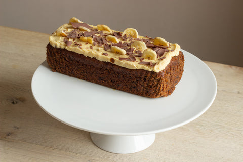 BANANA, CHOCOLATE, CARAMEL CAKE (8 PORTIONS) (850G)