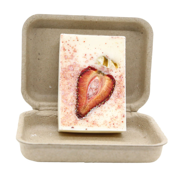 Strawberry Limosa 3 oz 100 Percent Soy Organic Garden Melt Bar