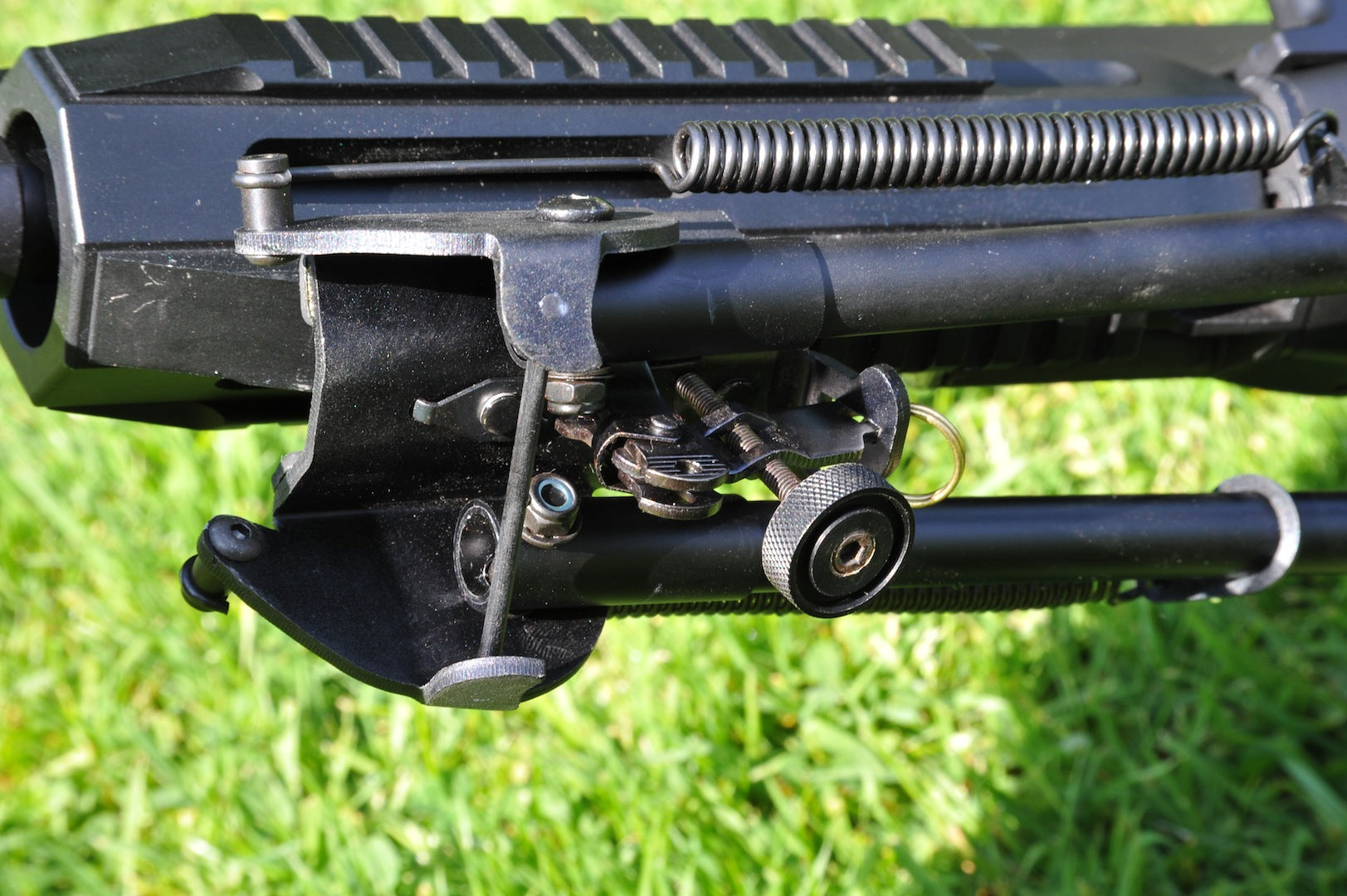 Bi-Pod Spring Loaded Telescopic Legs a Long 9-15 inches for use on most guns.