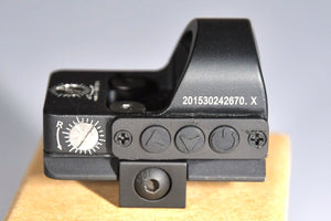 Red dot sight Rainproof, High Shock Resistance, Fully Adjustable Brightness Ideal, Pistol Scope