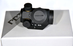 Red Dot Sight for Pistols & Rifles fits Weaver/Pica-tinny Sight Rails.