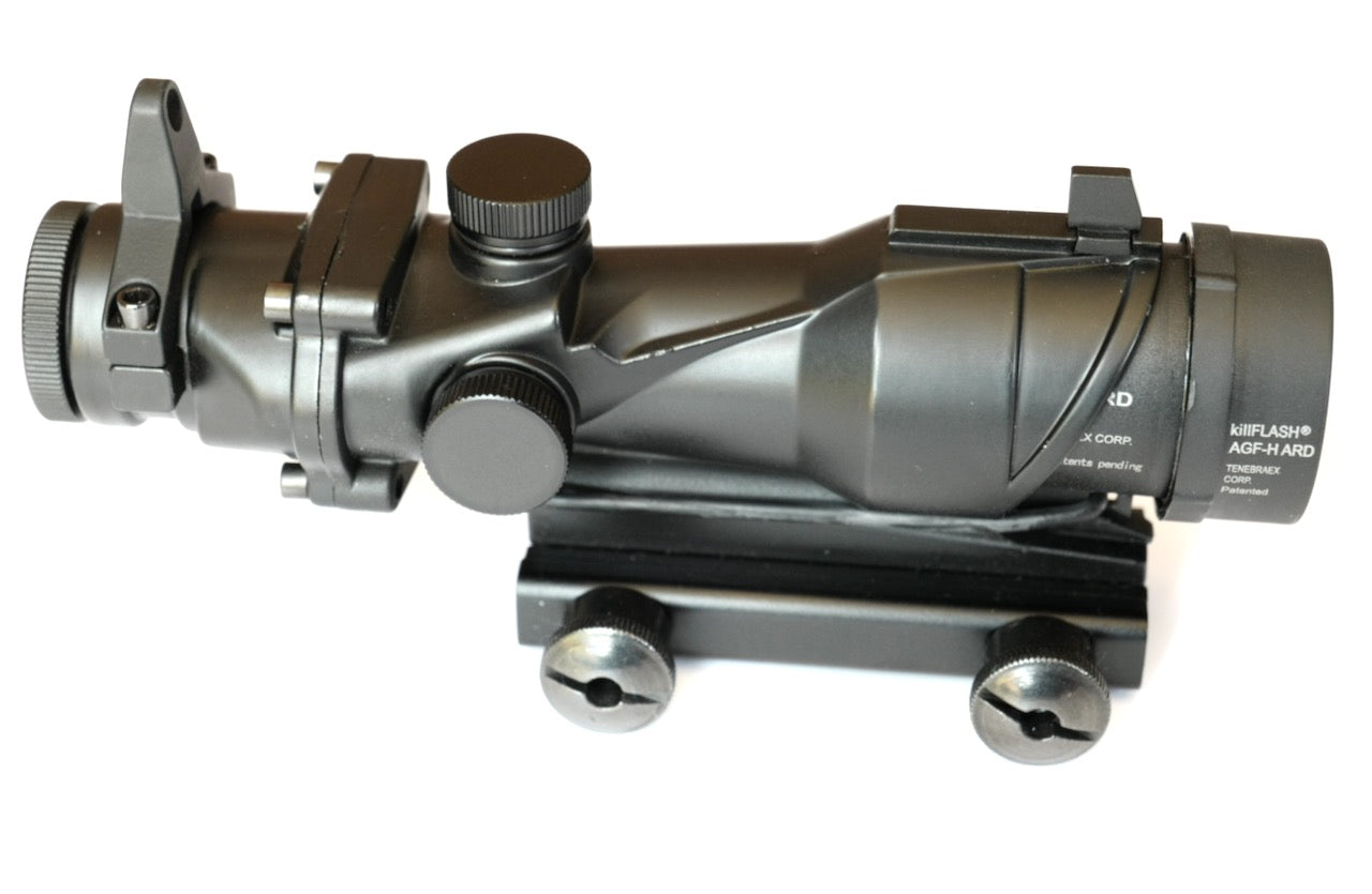 ACOG 4X32 Scope with Iron Sights & Flash Hider.