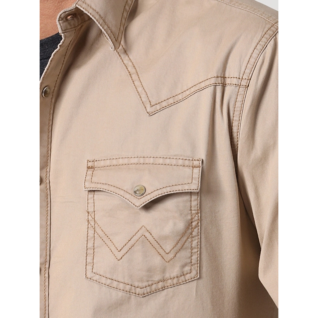MEN'S WRANGLER® CONTRAST TRIM WESTERN TWO SNAP FLAP POCKET SHIRT IN TAN