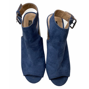 Primary Photo - BRAND: PARKET & SKYSTYLE: SANDALS HIGH COLOR: SLATE BLUE SIZE: 6 OTHER INFO: PARKET & SKY - SKU: 299-29929-54585.