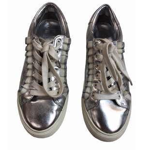 Primary Photo - BRAND: TORY BURCH STYLE: SHOES LOW HEEL COLOR: SILVER SIZE: 6 SKU: 299-29929-58500