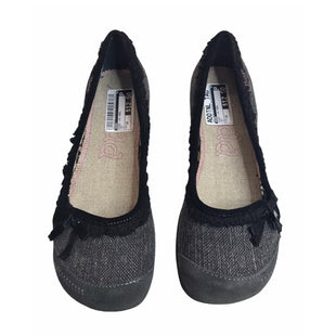 Primary Photo - BRAND: MUDD STYLE: SHOES LOW HEEL COLOR: GREY SIZE: 10 SKU: 299-29929-57502