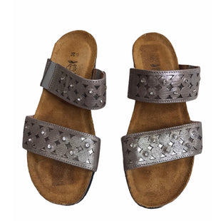 Primary Photo - BRAND: NAOT STYLE: SANDALS LOW COLOR: SPARKLES SIZE: 6 SKU: 299-29929-58197