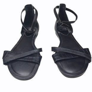 Primary Photo - BRAND: GIANNI BINI STYLE: SANDALS FLAT COLOR: BLACK SIZE: 8.5 SKU: 299-29929-54931