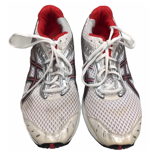 Primary Photo - BRAND:    ASICS<BR>STYLE: SHOES ATHLETIC <BR>COLOR: WHITE <BR>SIZE: 9.5 <BR>OTHER INFO: GEL-CUMULUS - AS IS <BR>SKU: 299-29929-54929