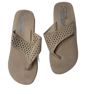 Primary Photo - BRAND: SKECHERS STYLE: FLIP FLOPS COLOR: SPARKLES SIZE: 9 SKU: 299-29929-59792