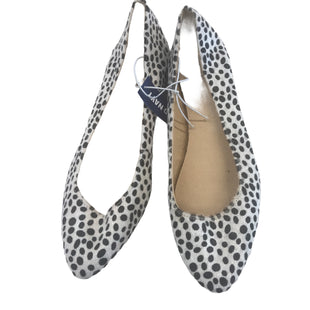 Primary Photo - BRAND: OLD NAVY STYLE: SHOES FLATS COLOR: DOTS SIZE: 10 OTHER INFO: NEW! SKU: 299-29950-11747
