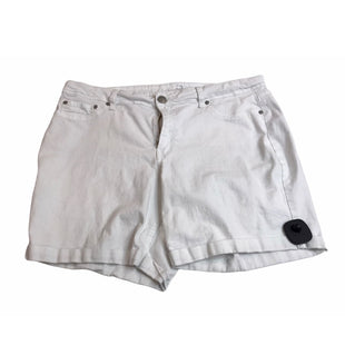 Primary Photo - BRAND: NEW DIRECTIONS STYLE: SHORTS COLOR: WHITE SIZE: 16 SKU: 299-29968-502