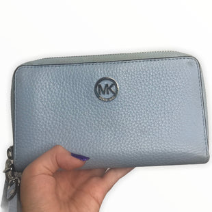 Primary Photo - BRAND: MICHAEL KORS STYLE: WALLET COLOR: BABY BLUE SIZE: MEDIUM SKU: 299-29929-50335