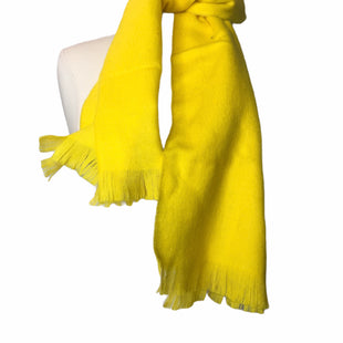 Primary Photo - BRAND:    CLOTHES MENTOR STYLE: SCARF WINTER COLOR: YELLOW OTHER INFO: WOOLMARK - 100% LAMBS WOOL SKU: 299-29929-45002NEW WITH TAGS IN PERFECT CONDITION