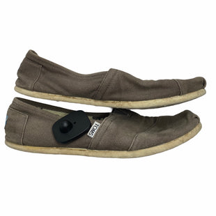 Primary Photo - BRAND: TOMS STYLE: SHOES FLATS COLOR: KHAKI SIZE: 9.5 OTHER INFO: AS IS SKU: 299-29929-47952