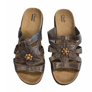 Primary Photo - BRAND: CLARKS STYLE: SANDALS LOW COLOR: BROWN SIZE: 8.5 SKU: 299-29929-60180